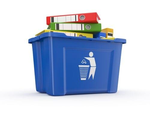 Rydning af kontor og affaldskørsel